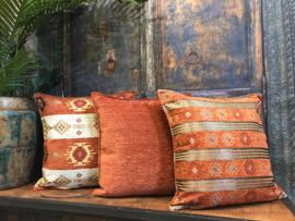 Aztec stripes brick oranje en creme kussen ± 45x45cm
