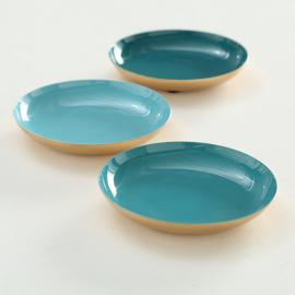 Set van drie kleine metalen bordjes 12cm dia (geschikt voor voedsel)