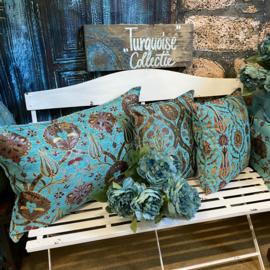 Het mixen en matchen van verschillende turquoise kussen - Bloemen patronen