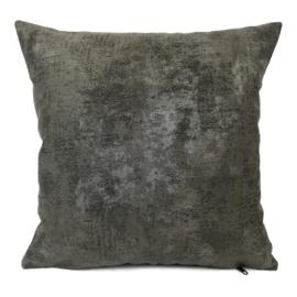 Leatherlook kussen in de kleur donker grijs met zilver ± 45x45cm