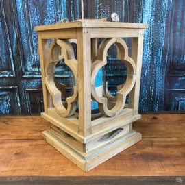 Houten windlicht vierkant met glas 28cm hoog