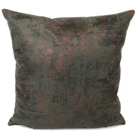 Leatherlook kussen in de kleur donker grijs met koper ± 45x45cm