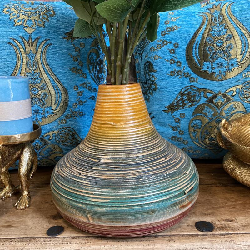 Mooie gekleurde bamboe 25cm hoog x 21cm breed