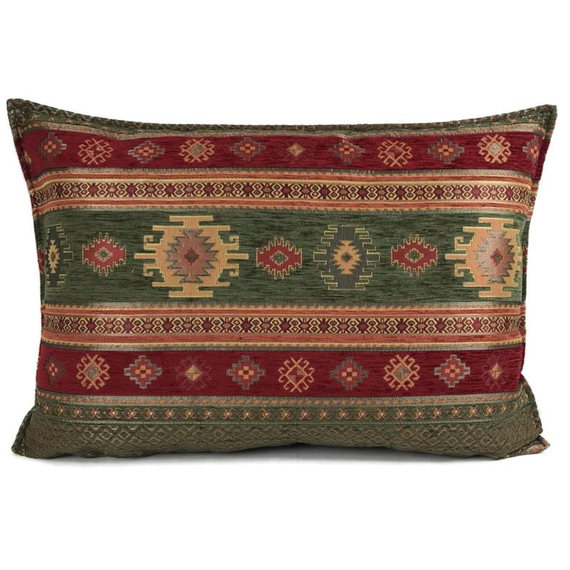 Legergroen en rood kussen -  Aztec ± 50x70cm