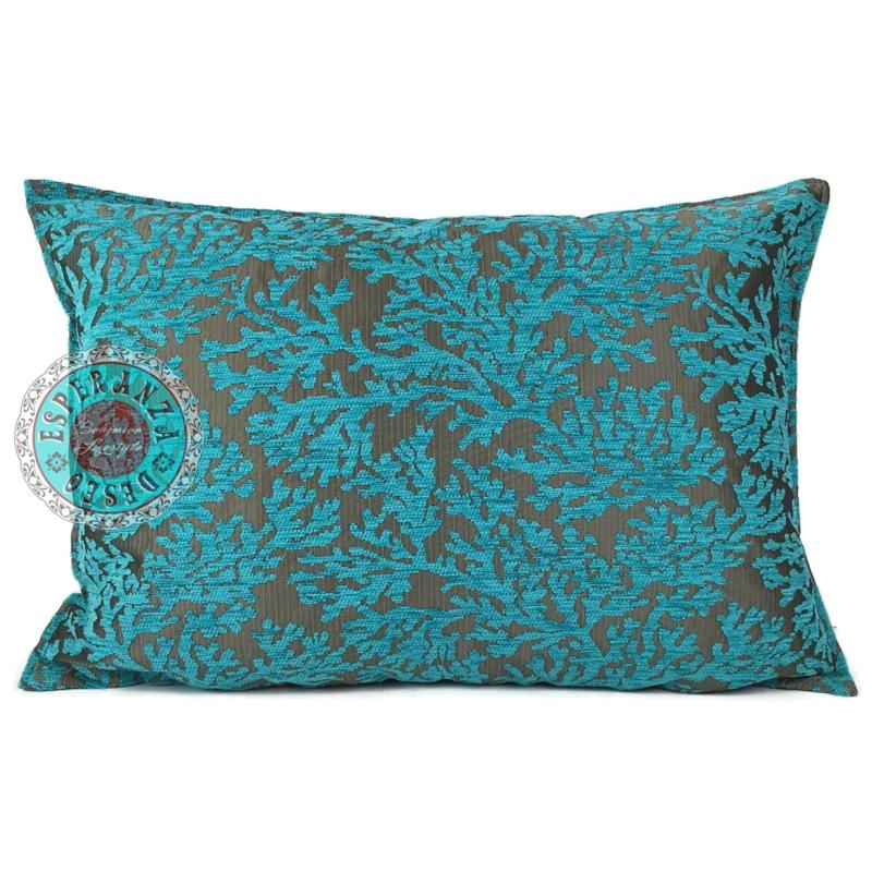 Turquoise kussen - koraal takken ± 50x70cm