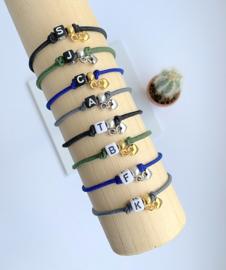 Initial Armband - Vierkant - CUSTOMIZED