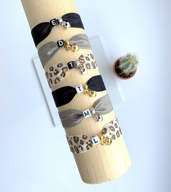 Initial Bracelet - Square Luxe - CUSTOMIZED
