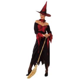 Rode heks met hoed