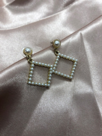 Earrings - Pearl Square