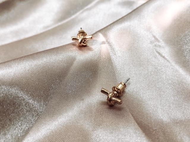 Earrings - Knot
