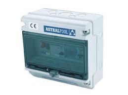 Control box voor pomp en onderwaterbelichting