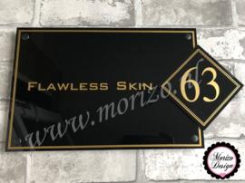 bedrijfsnaambordje met logo flawless skin