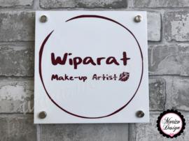 bedrijfsnaambordje met logo wipraat make-up artist