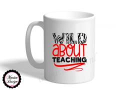 Mok of theeglas wild about teaching