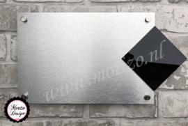 Blanco naambordje met los huisnummer 20cm x 30cm