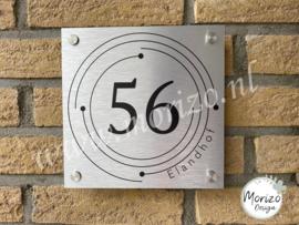 Huisnummerbordje cirkel straatnaam