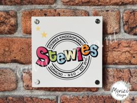 bedrijfsnaambordje Stewies kinderopvang