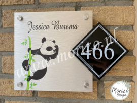 Naambordje panda met huisnummer