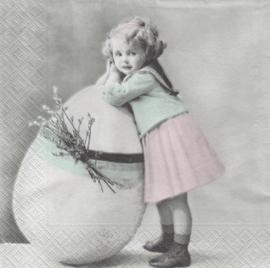Easter Girl, servet