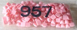 nr. 957 Geranium - PALE