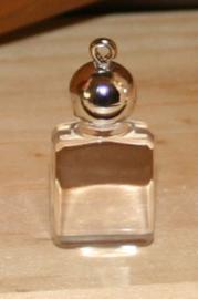 Parfum Flesje, klein bedeltje