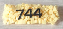 nr. 744 Yelow - PALE
