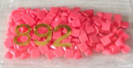 nr. 892 Carnation - MED