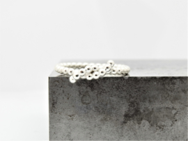 'Knoop' ring