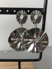 Oorbellen hangers groot zilver