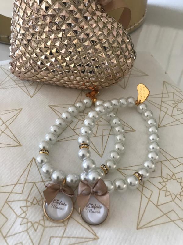 Standaard armband met bedel 'Liefste Mama'