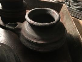 Uniek oud olie kannetje