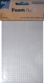 Foam pads 1.5mm dik 5x5mm