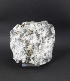 Bergkristal met Pyriet, Galeniet....