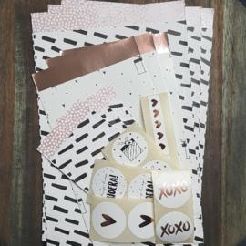 Inpakset - 19-delig - Wit / Zwart / Roze / Rosé