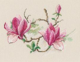 Borduurpakket Magnolia flowers - RTO    rto-m00730