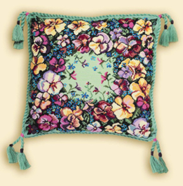 Borduurpakket Pansy Cushion - RIOLIS    ri-1234