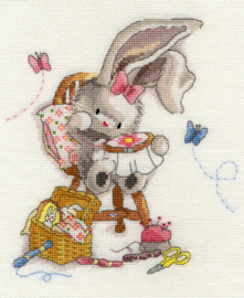 Borduurpakket Bebunni - Sewn With Love - Bothy Threads    bt-xbb02