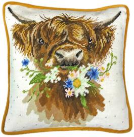 Borduurpakket Hannah Dale - Daisy Coo Tapestry - Bothy Threads    bt-thd42