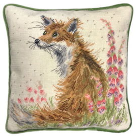 Kussenborduurpakket Hannah Dale Tapestries - Amongst The Foxgloves - Bothy Threads    bt-thd08
