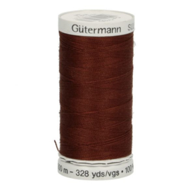 Gutermann naaigaren cotton 30 / 300 meter  1130 / bruin