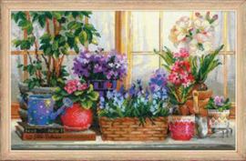 Borduurpakket Windowsill with Flowers - RIOLIS    ri-1669