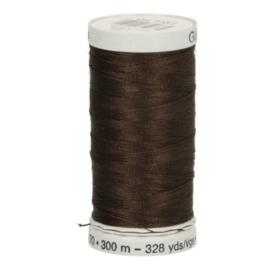 Gutermann naaigaren cotton 30 / 300 meter  1131 / donker bruin