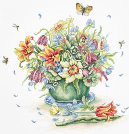 Borduurpakket April Bouquet - Luca-S  ls-b7000