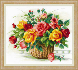 Borduurpakket Basket with Roses - RIOLIS    ri-1722