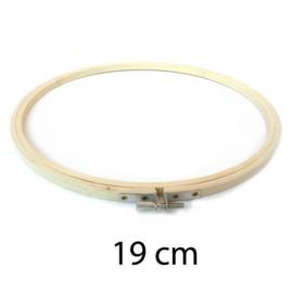 Borduurring hout / 19 cm