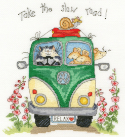 Borduurpakket Margaret Sherry - Take The Slow Road - Bothy Threads    bt-xms21