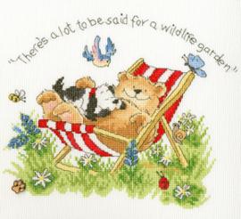 Borduurpakket Margaret Sherry - Wildlife Garden - Bothy Threads    bt-xms20