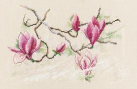 Borduurpakket Magnolia flowers - RTO    rto-m00732