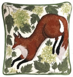 Kussenborduurpakket Catherine Rowe - Spring Fox - Bothy Threads    bt-tap02