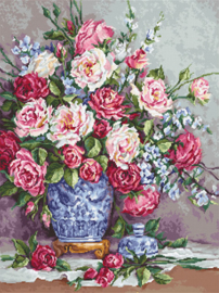 Borduurpakket Her Majesty's Roses - Luca-S    ls-b605